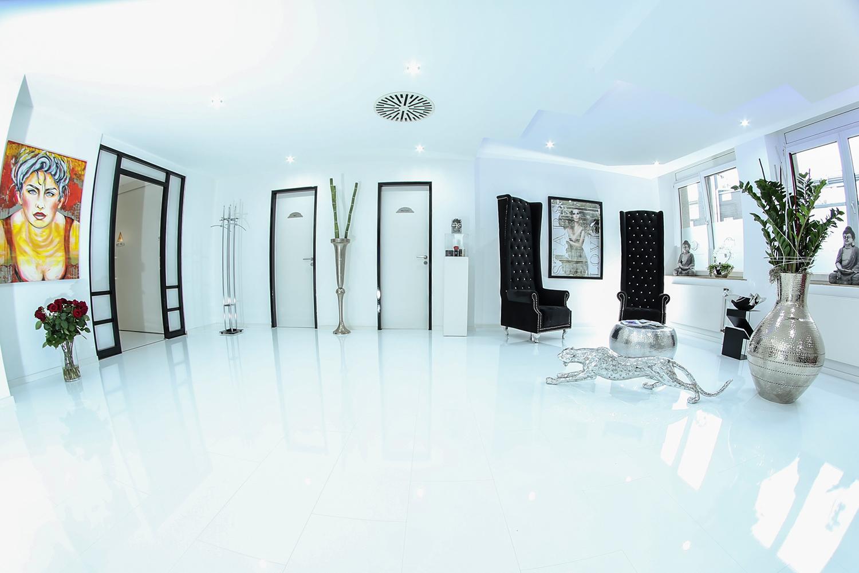 wineo laminat hochglanz wei wineo 550. Black Bedroom Furniture Sets. Home Design Ideas